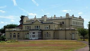 Childwickbury_Manor adjusted